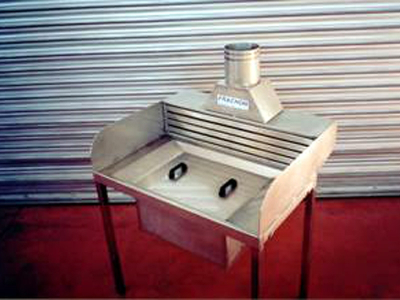 fabrication de table aspirante et table à aspiration